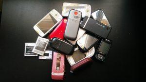 Primer envío de teléfonos móviles a Amnistia Internacional